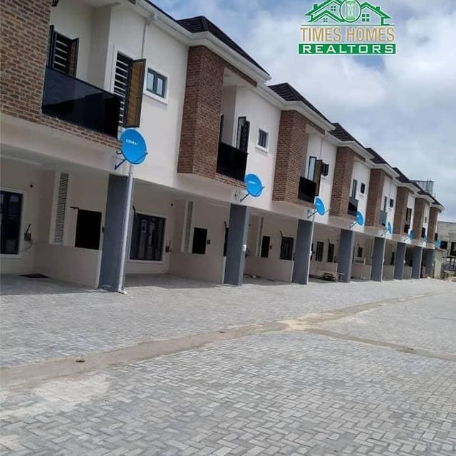 PROPERTIES IN LEKKI LAGOS NIGERIA -Newly built 3 and 4 Terraced Duplexes For Rent